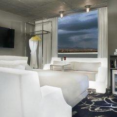 Отель SLS Las Vegas 4* Стандартный номер с различными типами кроватей фото 4
