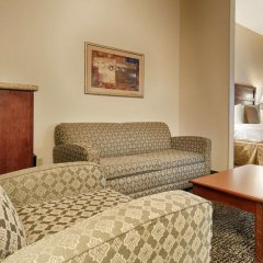 Отель Country Inn & Suites by Radisson, Midway, FL комната для гостей