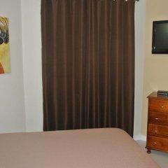 Отель Beach One Bedroom Suite 13 комната для гостей фото 3