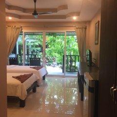 Baan Suan Ta Hotel 2* Улучшенный номер с различными типами кроватей фото 9