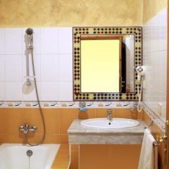Отель Palais Asmaa Марокко, Загора - отзывы, цены и фото номеров - забронировать отель Palais Asmaa онлайн ванная