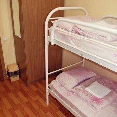 The Red Cat Hostel Кровать в общем номере двухъярусные кровати фото 5