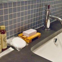 Отель YOURS GuestHouse Porto 4* Стандартный номер двуспальная кровать фото 2