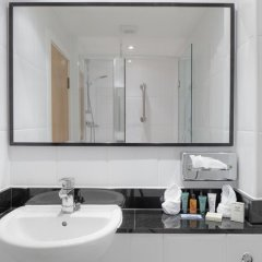 Отель Hilton York 4* Стандартный номер с различными типами кроватей фото 2