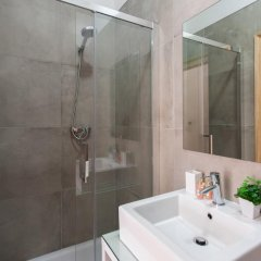 Отель Feels Like Home Rossio Prime Suites 4* Стандартный номер фото 17
