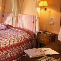 Отель Antica Dimora Firenze 3* Номер Делюкс с различными типами кроватей фото 2