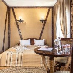 Historical Hotel Fortetsya Hetmana 4* Люкс с различными типами кроватей фото 12
