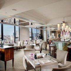 Отель Sofitel Macau At Ponte 16 4* Улучшенный номер с различными типами кроватей фото 6
