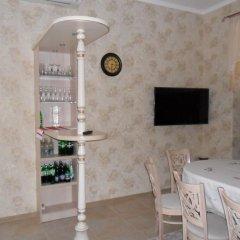 Гостиница Guest House 12 Mesyatsev гостиничный бар