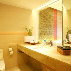 Pathumwan Princess Hotel 5* Стандартный номер с различными типами кроватей фото 5