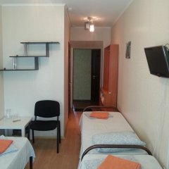 Гостиница Inn Apelsin в Краснодаре 4 отзыва об отеле, цены и фото номеров - забронировать гостиницу Inn Apelsin онлайн Краснодар комната для гостей фото 2