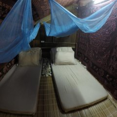 Отель Trek King Kong House Кровать в общем номере фото 2