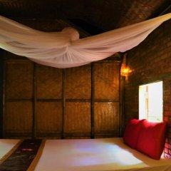 Отель Under the coconut tree Номер Делюкс с различными типами кроватей фото 4