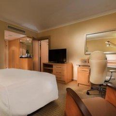 Отель Hilton Vienna 5* Стандартный семейный номер с двуспальной кроватью фото 3
