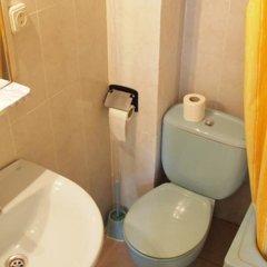 Отель Hostal Delfos ванная фото 2