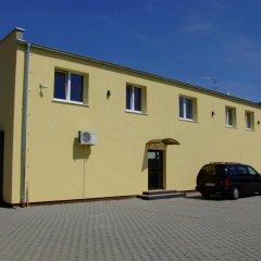 Отель Bluszcz парковка