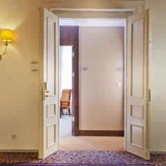 Hotel Kings Court 5* Представительский люкс с двуспальной кроватью фото 3