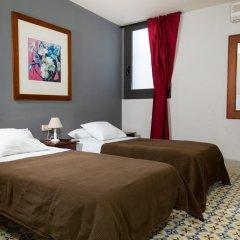 Отель Hostal LK Стандартный номер с различными типами кроватей фото 14