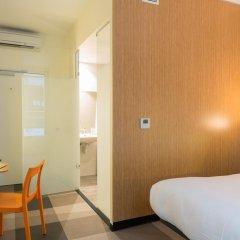 Отель easyHotel Brussels City Centre 3* Стандартный номер с различными типами кроватей фото 8
