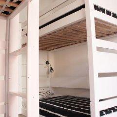 Surf in Chiado Hostel Кровать в мужском общем номере с двухъярусной кроватью фото 3