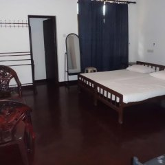 Отель London Cottage комната для гостей фото 3