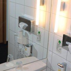 Отель Concorde Hotel am Studio Германия, Берлин - 7 отзывов об отеле, цены и фото номеров - забронировать отель Concorde Hotel am Studio онлайн ванная фото 2