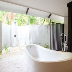 Отель Kihaad Maldives 5* Вилла с различными типами кроватей фото 19