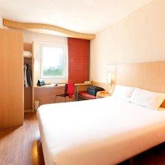 Zhongshan The Center Hotel 3* Стандартный номер с различными типами кроватей фото 2