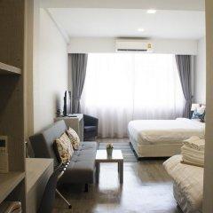 Отель Ratchadamnoen Residence 3* Улучшенный номер с различными типами кроватей фото 4