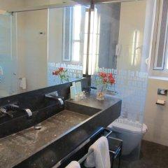 Отель Parador De Granada ванная фото 2