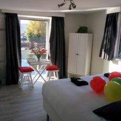 Отель Minties, Floating Bed en Breakfast комната для гостей фото 4