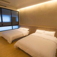 Отель Glur Bangkok Стандартный номер разные типы кроватей (общая ванная комната) фото 8