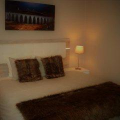 Отель Rooms Fado 3* Стандартный номер с двуспальной кроватью фото 2