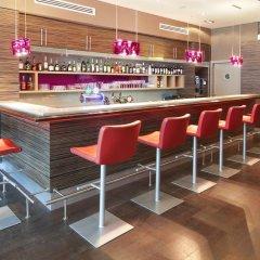 Гостиница Holiday Inn Almaty гостиничный бар