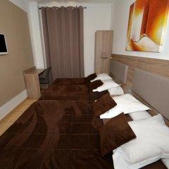 Hotel Parisien 2* Стандартный номер с различными типами кроватей фото 5