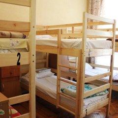 Гостиница Центральная 2* Кровать в общем номере с двухъярусной кроватью