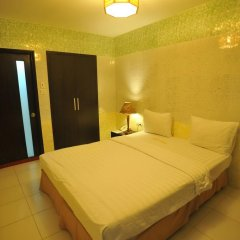 Holiday Hotel Стандартный номер с различными типами кроватей фото 2