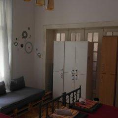 Time Hostel Кровать в общем номере с двухъярусной кроватью фото 2
