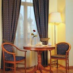 Гостиница Достоевский 4* Стандартный номер с 2 отдельными кроватями фото 12