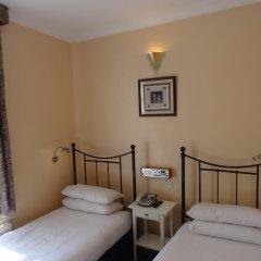 Manor Hotel 2* Стандартный номер с 2 отдельными кроватями