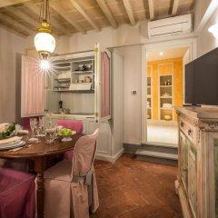 Отель Piazza Pitti Palace Улучшенные апартаменты с различными типами кроватей фото 14