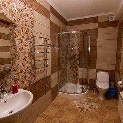 Гостиница Villa Bavaria Украина, Бердянск - отзывы, цены и фото номеров - забронировать гостиницу Villa Bavaria онлайн ванная