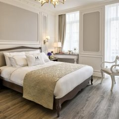 Mirrors Hotel 4* Люкс с различными типами кроватей фото 3