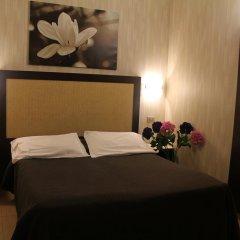 Hotel Dei Mille 2* Улучшенный номер с двуспальной кроватью фото 4