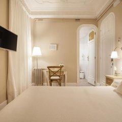 Отель B&B Hi Valencia Boutique 3* Стандартный номер с различными типами кроватей фото 13