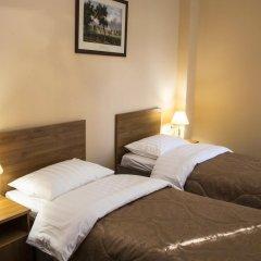 Гостиница Малетон 3* Стандартный номер с 2 отдельными кроватями
