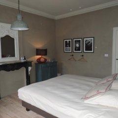 Отель Saint-Sauveur Bruges B&B 4* Люкс с различными типами кроватей фото 2