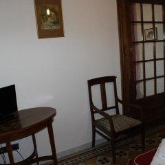 Отель Soggiorno Isabella De' Medici 3* Стандартный номер с двуспальной кроватью (общая ванная комната) фото 2