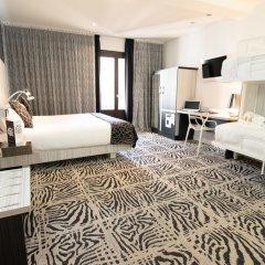 Отель Petit Palace Savoy Alfonso XII 4* Апартаменты Люкс разные типы кроватей
