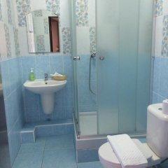 Гостиница Inn Ordzhonikidze 8а Стандартный номер с двуспальной кроватью фото 21